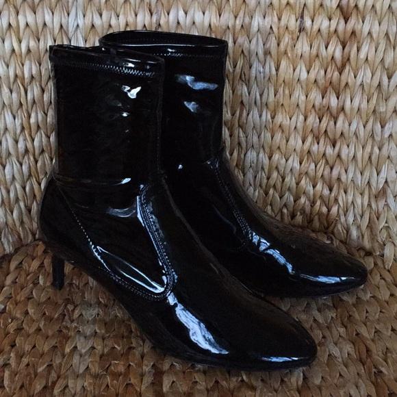 3877f2c2143 Zara Black Patent Kitten Heel Sock Boot 8.5M 9N 40